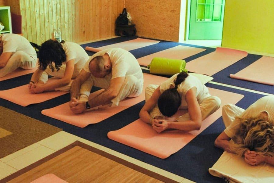 yoga-pisa-2b-900x600_c